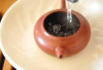 Изысканный вкус чая Черный Дракон