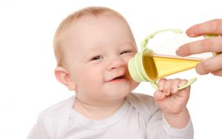 С какого возраста можно давать ребенку чай