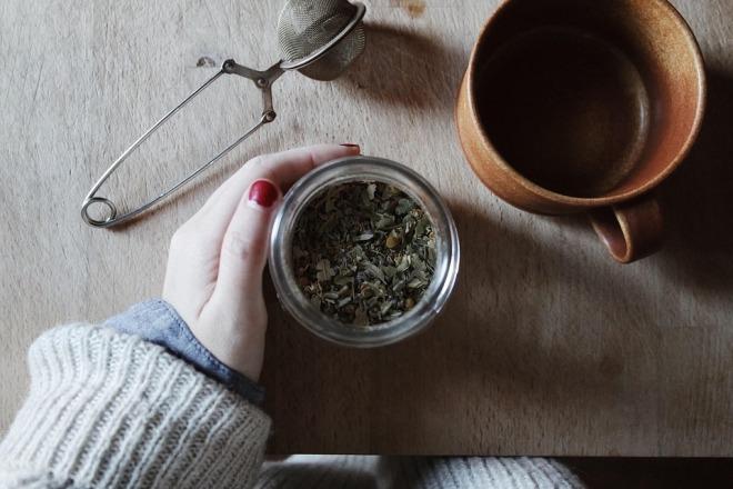 Листья монастырского чая
