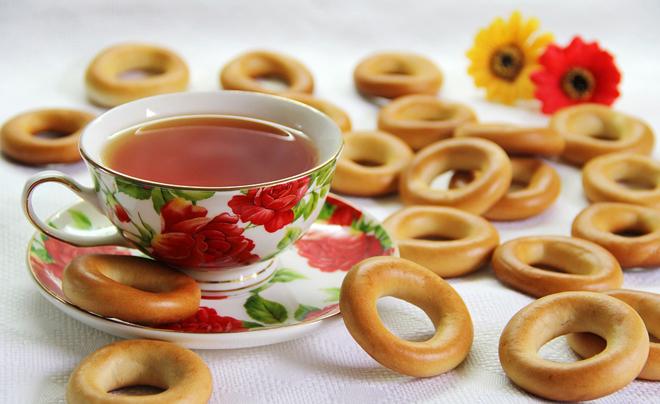 Чашка чая с сушкой